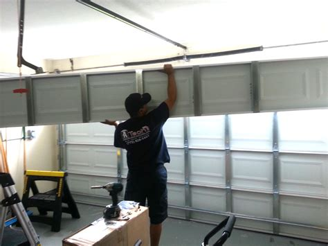 Garage Overhead Door Repair Garage Door Repair Can Be Done With The Help Of Experts Designwalls