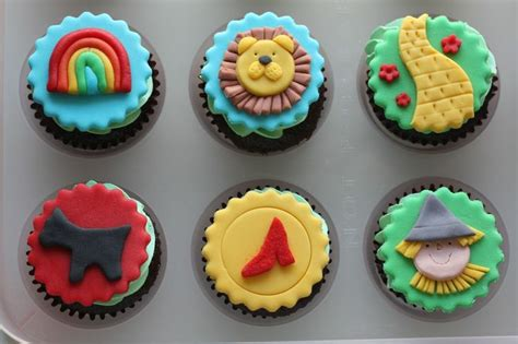 wizard of oz cupcake toppers wizard of oz birthday