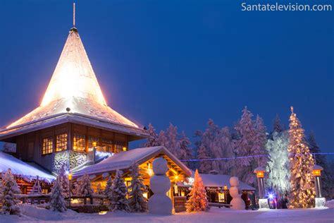 casa di babbo natale finlandia foto il villaggio di babbo natale a rovaniemi in lapponia