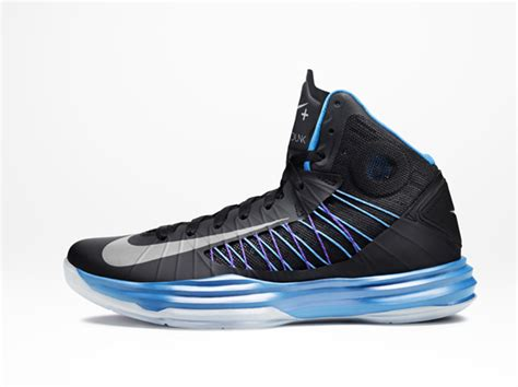 nike basketball shoes hyperdunks nike hyperdunk sport pack basketball shoe release date