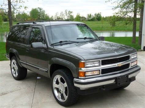 Chevy Tahoe 98 by Buy Used No Reserve 98 Chevy Tahoe 2 Door Lowered W