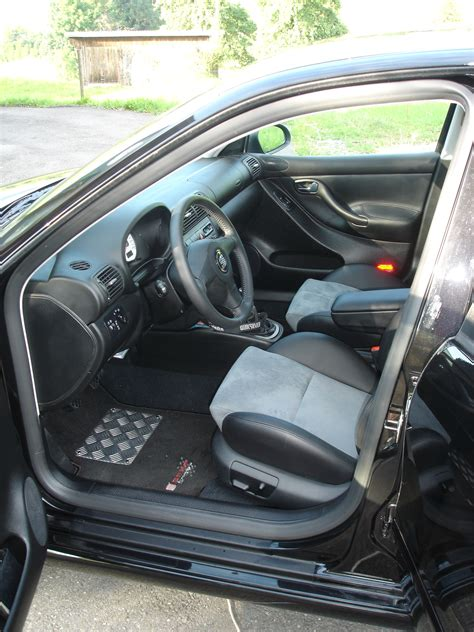 Seat Ibiza 1 4 2002 Auto Images And Specification