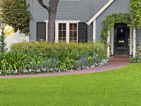landscaping for curb appeal copy the california curb appeal hgtv