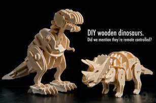 r c wooden dinosaur build your own robotic dinosaur