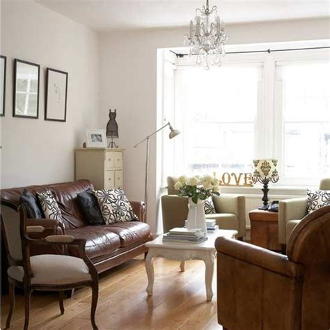 living room ideas with white leather couches brown leather sofa with white coffee table i don t love