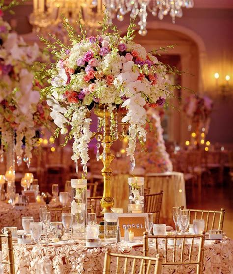 Flower Wedding Reception Centerpieces by 5 Wedding Reception Centerpiece Styles To Inspire Your