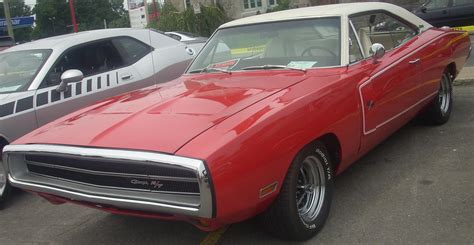 File:'70 Dodge Charger R T (Rassemblement Mopar