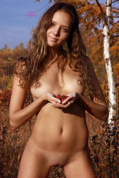 Very Sexy Naked Chick In Nature February Voyeur Web Hall Of Fame