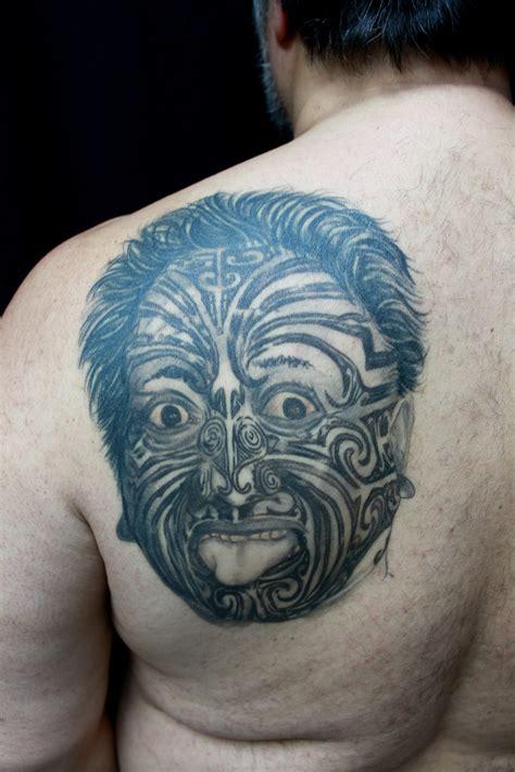 tato keren masa kini hasil karya gambar tato di payudara wanita masa kini