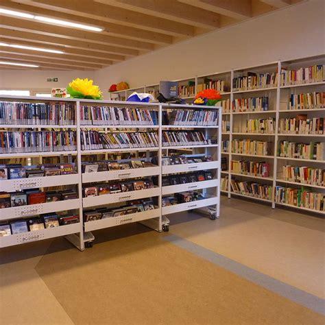 scaffali per libri casa 17 migliori idee su scaffali per libri su