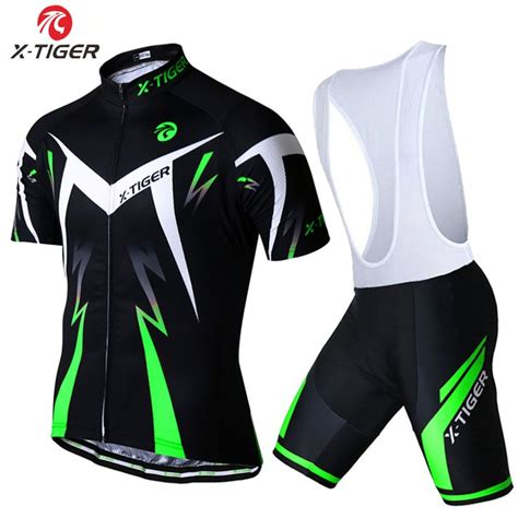 bike clothing 25 best ideas about cycling clothes on adding