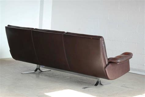Arne Norell For Vatne Rare Sofa In Patent Leather And Patent Leather Sofa