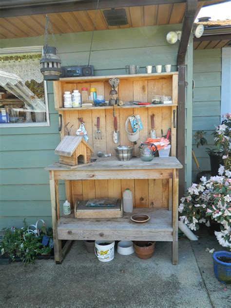 cedar potting bench sams club 17 best images about potting benches on humble