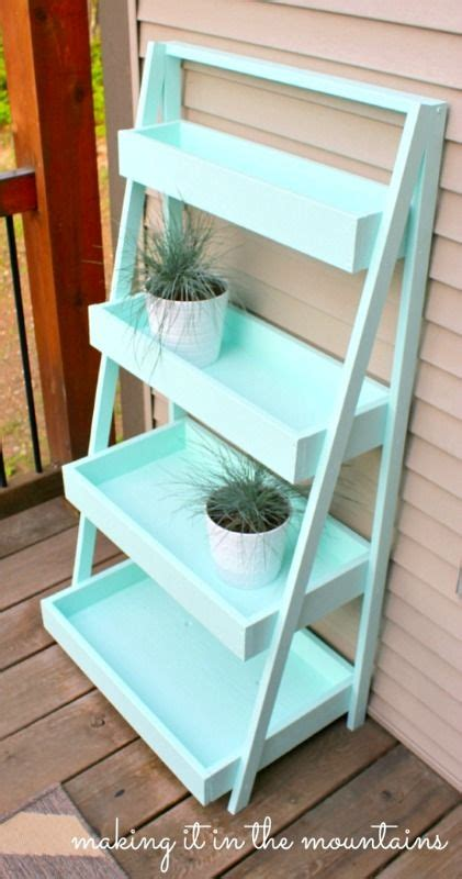 Ladder Shelf For Plants by Best 25 Vertical Planter Ideas On