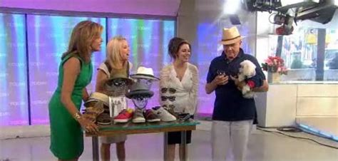 hairdresser for kathie lee and hoda father s day fashion eddie bauer high route shirt