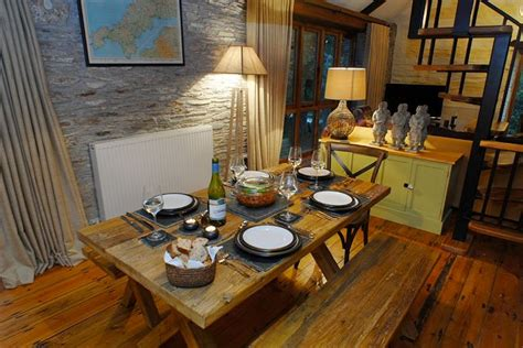 Picnic Dining Room Table Cottage Of The Week Worthyvale Mill Home Bunch Interior
