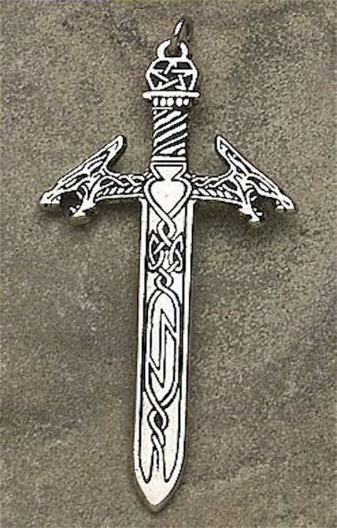 runemaster s sword pendant freagerthach the answerer