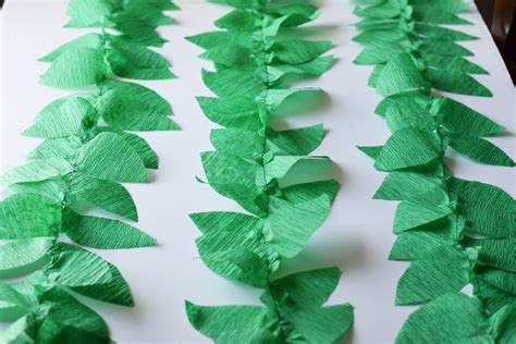 Which Plant Is Used To Make Paper - diy crepe paper vine balloons bunny baubles