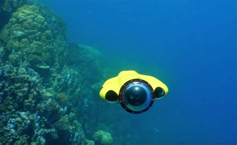 Drone Underwater a drone that follows you and underwater wordlesstech