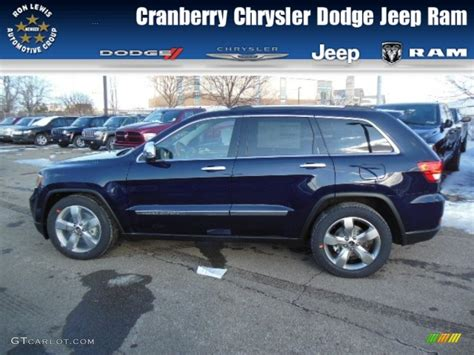 jeep cherokee blue 2013 true blue pearl jeep grand cherokee overland 4x4