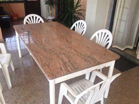 vendita e fornitura tavoli in granito vercelli