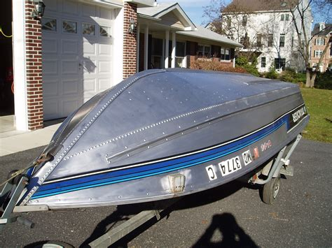 waxing aluminum boat hull cleaning and protecting an aluminum hull the hull truth