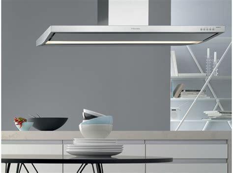 cappe per cucina elica rendere salubre l ambiente con una cappa per cucina moderna