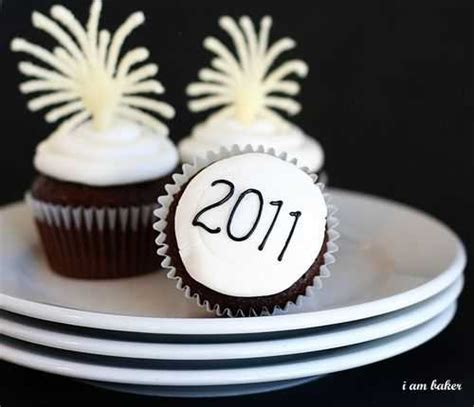 new year cupcake ideas new years cupcakes tutorial i am baker