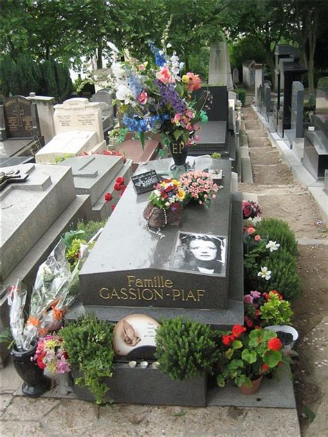 Images Pere Lachaise Cemetery in Paris, France Edith Piaf 7681