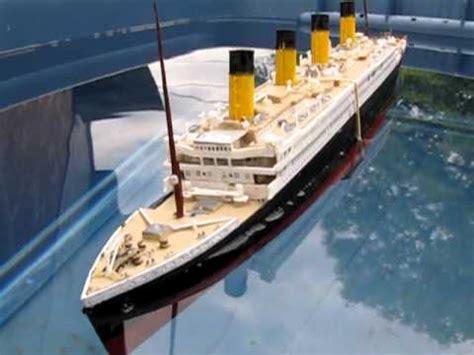 titanic rc boat sinking titanic model sinking youtube