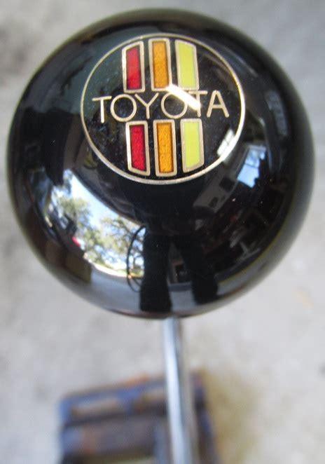 houseospeed rod shift knob classic toyota logo