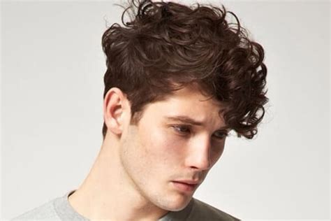 60 Sexiest Curly Hairstyles for Men   MenHairstylist.com