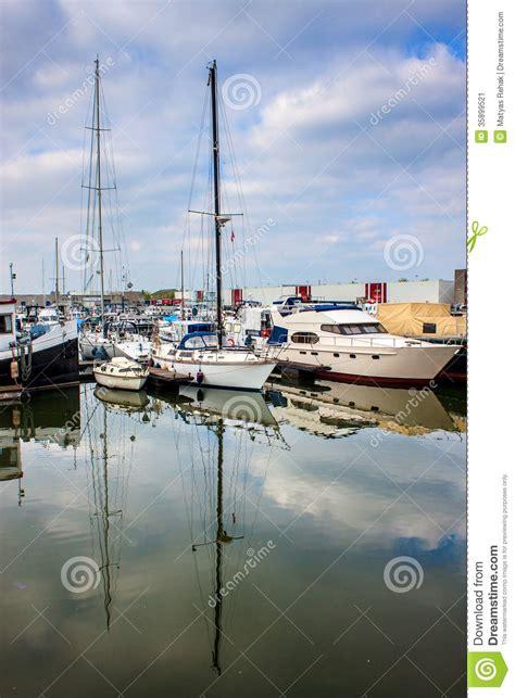 anversa porto porto a anversa immagine stock immagine di molo serene