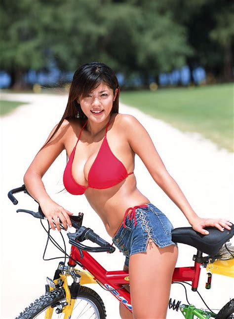 nothing to see here just a typical bicyclist pushing a 70 year cute women in revealing outfits fark big page 4