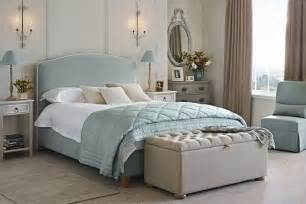 Bedroom Accessories Ideas Uk Classically Bedroom Design Ideas Pictures