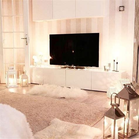 naked bedroom pictures 1000 ideas about blush bedroom on pinterest dulux white