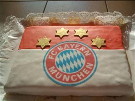 bayrischer kuchen bayrischer kuchen torte f 252 r bayrischen abend torten