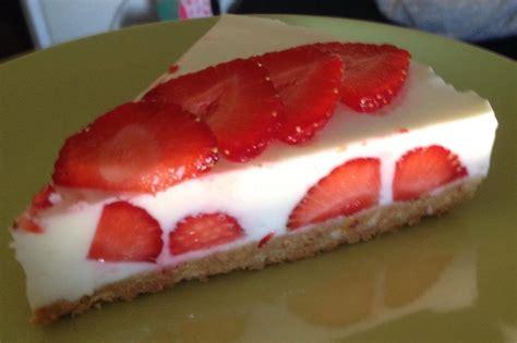 Cheesecake Rezept Erdbeer by Erdbeer Cheesecake Schneebeslein0808 Chefkoch De