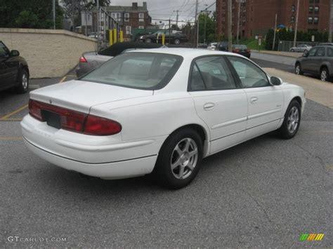 2000 buick regal engine bright white 2000 buick regal ls exterior photo 53434468