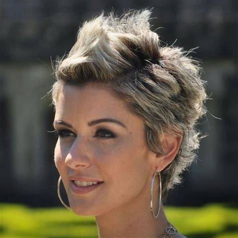 short hairstyles brown hair round face 52 short hairstyles for round oval and square faces