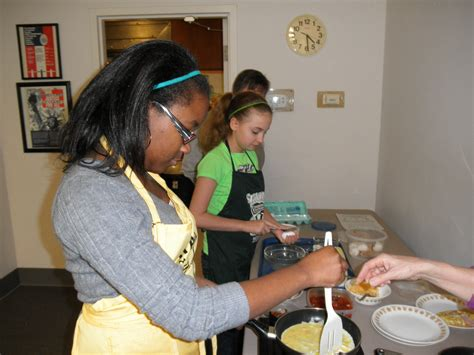 Baking Giveaway - 4 h baking contest