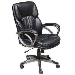 True Seating Concepts Chair True Seating Black Bonded Leather Executive Chair