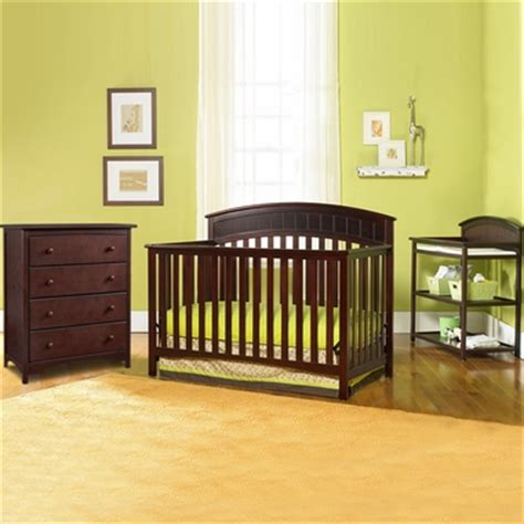 Graco Cribs 3 Piece Nursery Set Charleston Convertible Graco Charleston Changing Table