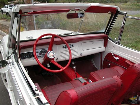 Jeepster Commando Convertible Interior