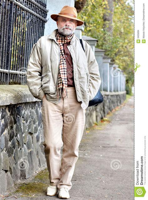 imagenes de hombres jpg viejos hombres en sombrero imagenes de archivo imagen