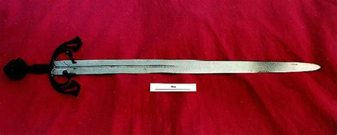quien era rodrigo diaz de vivar castilla y le 243 n compra la espada del cid cultura el pa 205 s