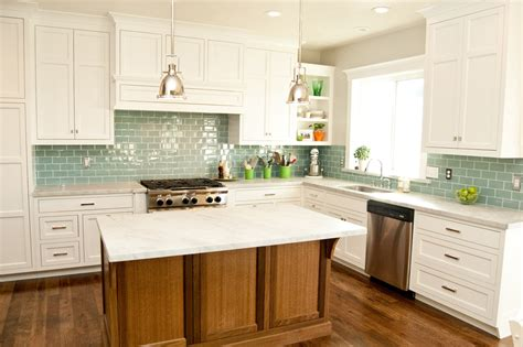 Tile Kitchen Backsplash Ideas With White Cabinets Home Kitchens With White Cabinets