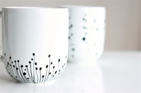 How To Decorate Mugs by How To Decorate A Coffee Mug Using A Porcelain Marker