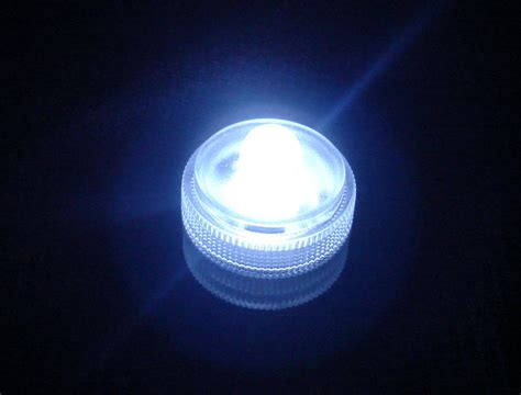 Led Waterproof Lights by Remote Controlled Submersible Led Light 1 Light With