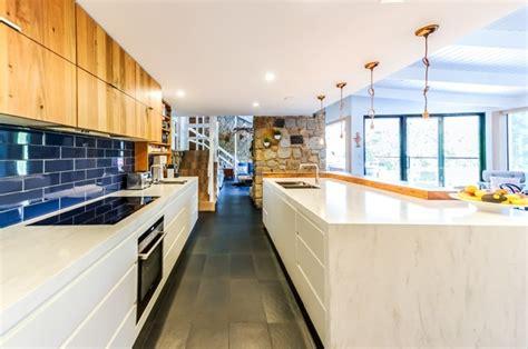 cuisine am駭ag馥 petit espace tendance 2015 la cuisine au centre du foyer